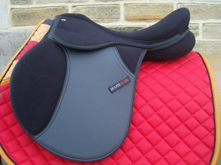 SALE Shires Hi Lite Self Adjusting Pony Synthetic GP Saddle 14 or 15 or 16 Inch