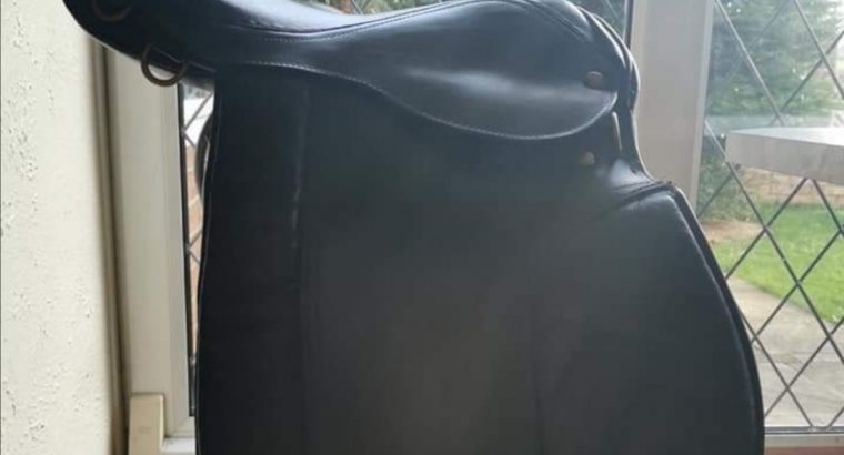 15″ wide pony saddle